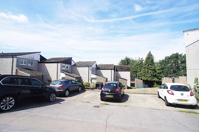 Thumbnail Terraced house to rent in Roundhills, Waltham Abbey