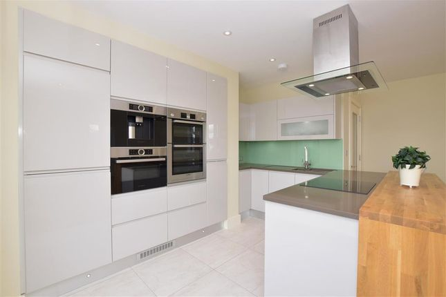 Thumbnail Flat for sale in Western Road, Brighton, East Sussex