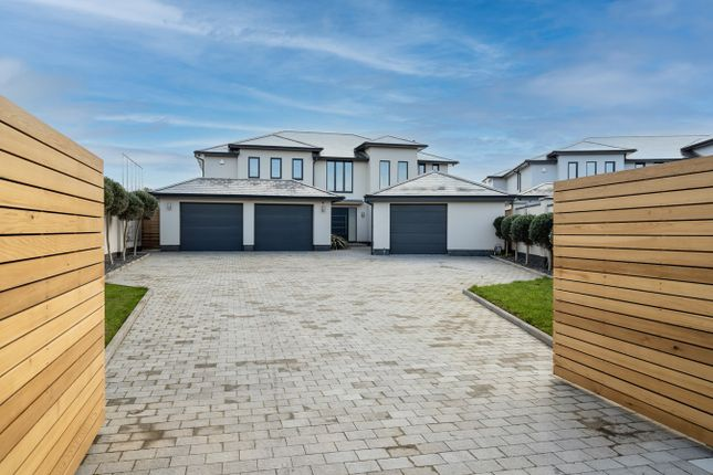 Thumbnail Detached house for sale in Hartfield Place, Bexhill-On-Sea