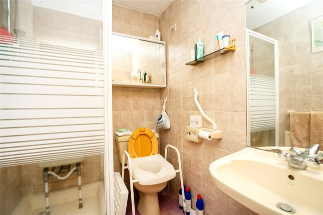 Bathroom of Clydesdale Court, Oakleigh Park North, Oakleigh Park N20