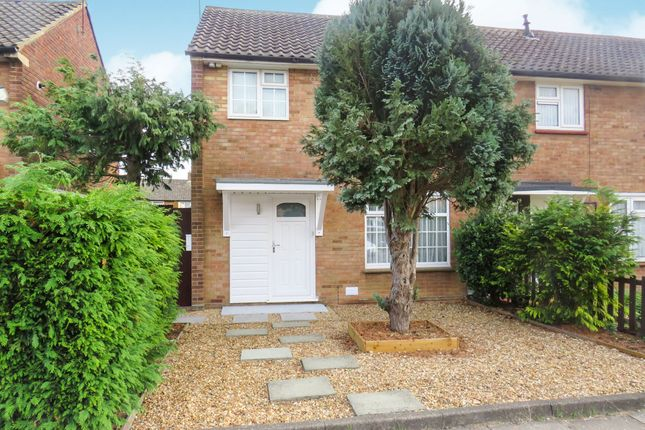 Thumbnail Semi-detached house for sale in Rodney Close, Luton