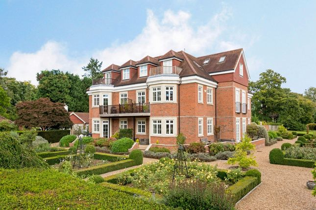 Thumbnail Flat to rent in Flanchford Road, Reigate