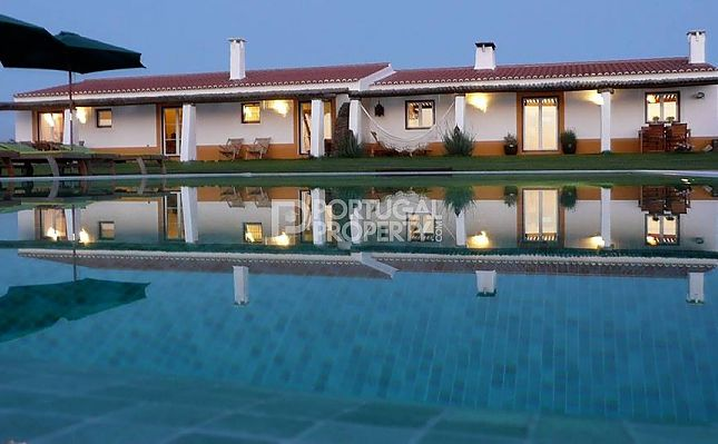 Thumbnail Villa for sale in Alentejo Coast, Algarve, Portugal
