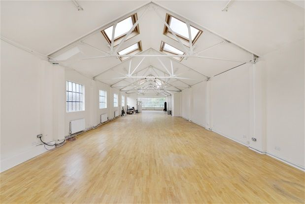 Thumbnail Property to rent in Acre Lane, London