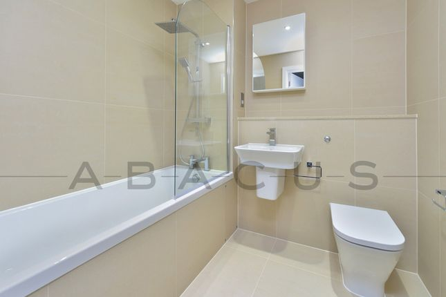 Thumbnail Flat to rent in Millennium Place, Bethnal Green