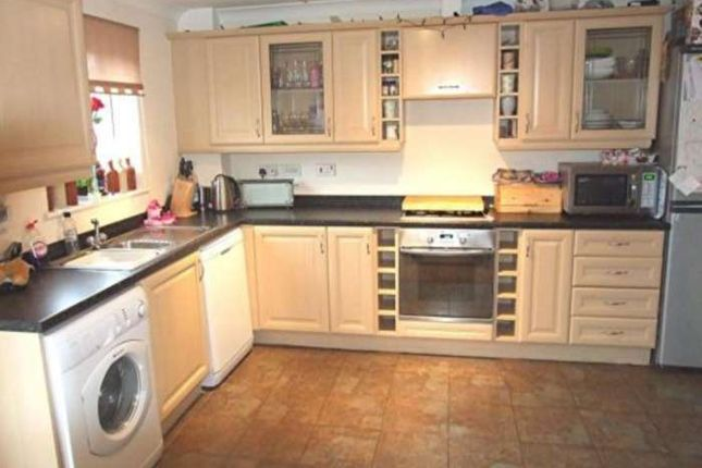 Thumbnail 4 bed town house to rent in Foxwood Drive, Hyde