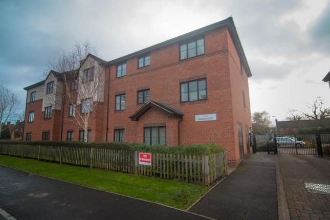 Thumbnail Flat to rent in Whetstone Road, Farnborough