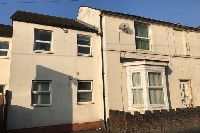 Thumbnail Flat to rent in Stourbridge Road, Kidderminster
