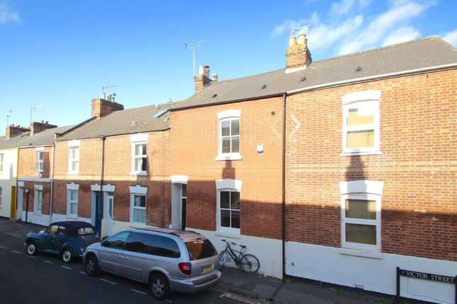 2 bed terraced house to rent in Victor Street, Oxford