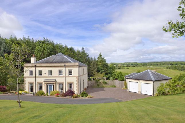 Thumbnail Detached house for sale in 10 Bowmont Court, Sunlaws, Kelso