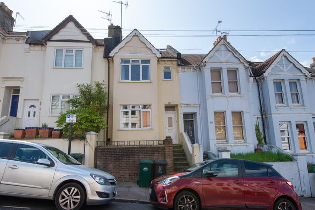 Thumbnail Terraced house to rent in Brading Road, Brighton