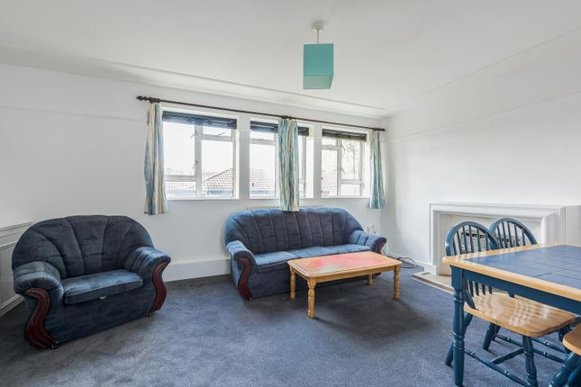 3 bed flat for sale in Rashleigh Street, London SW8