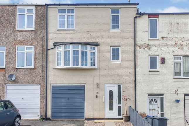 3 bed town house for sale in Romany Road, Rubery, Rednal, Birmingham B45