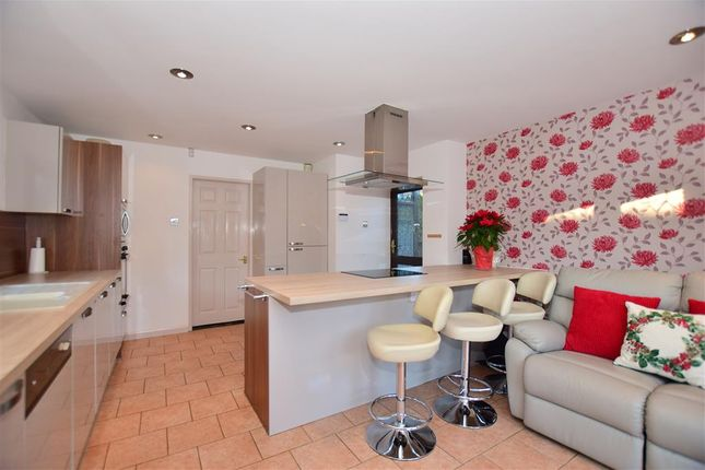 Thumbnail Bungalow for sale in Eastcourt Lane, Gillingham, Kent