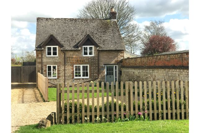 Thumbnail Cottage for sale in Little Kineton, Warwick