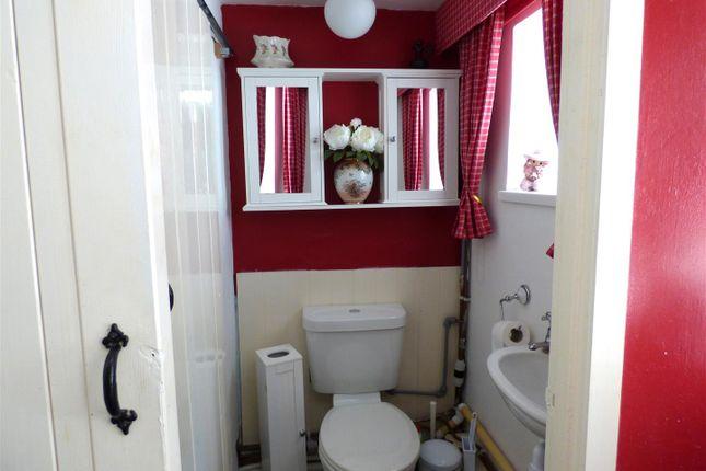 Cloakroom of Millbrook, Llanboidy, Whitland SA34