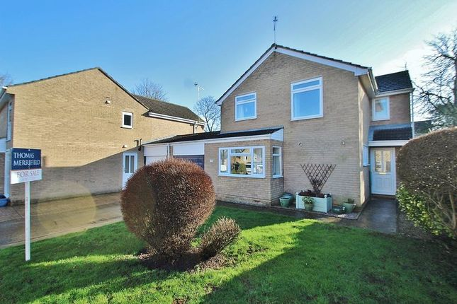 Thumbnail Detached house for sale in Chestnut Close, Witney
