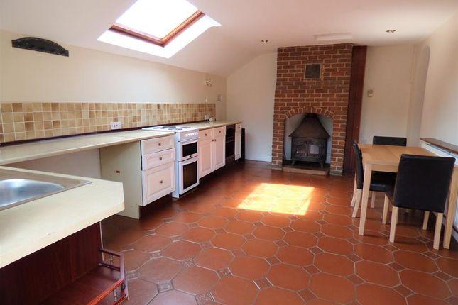 Kitchen of Main Road, Saltfleet, Louth LN11
