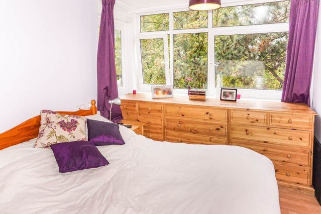 Bedroom of Rivermead, Nottingham NG2