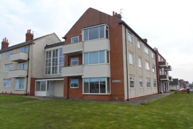 Thumbnail Flat to rent in Queens Court, Blackpool