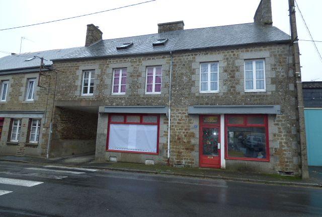Thumbnail Town house for sale in Fougerolles Du Plessis, Mayenne (Commune), Mayenne Department, Loire, France
