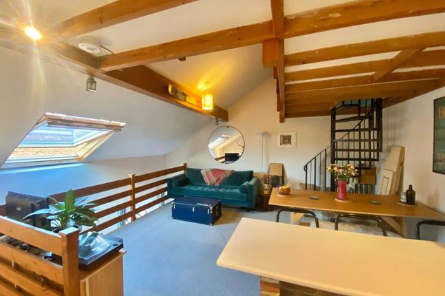 Thumbnail Flat to rent in Wallingford, Oxfordshire