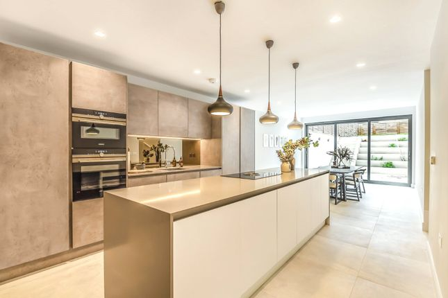 Thumbnail Detached house for sale in Eastern Road, Fortis Green, London