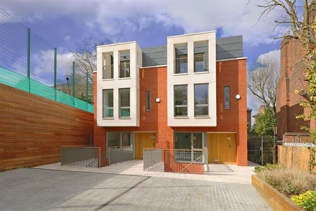 Thumbnail Property to rent in Winchester Place, Highgate, London