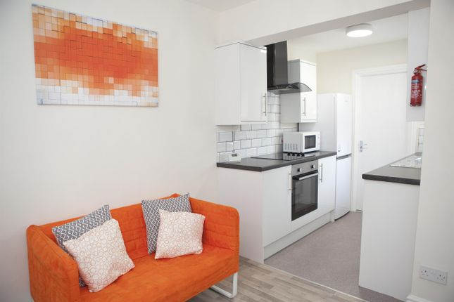 Thumbnail Shared accommodation to rent in Portman Street, Middlesbrough