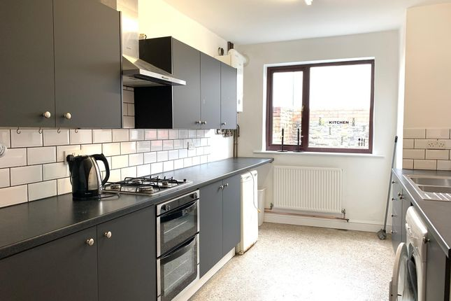 Thumbnail Property to rent in Talworth Street, Roath, Cardiff