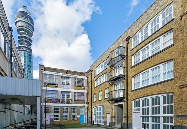 1 bed flat to rent in Fitzroy Mews, London