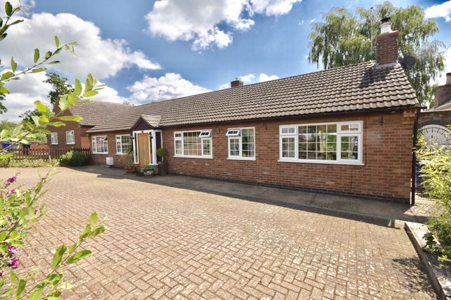 Thumbnail Detached bungalow for sale in Finedon Road, Burton Latimer, Kettering