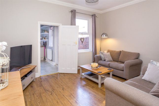 Thumbnail Terraced house for sale in Barlow Street, York