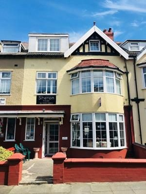 Thumbnail Hotel/guest house for sale in Sheron Guest House, 21 Gynn Avenue, Blackpool