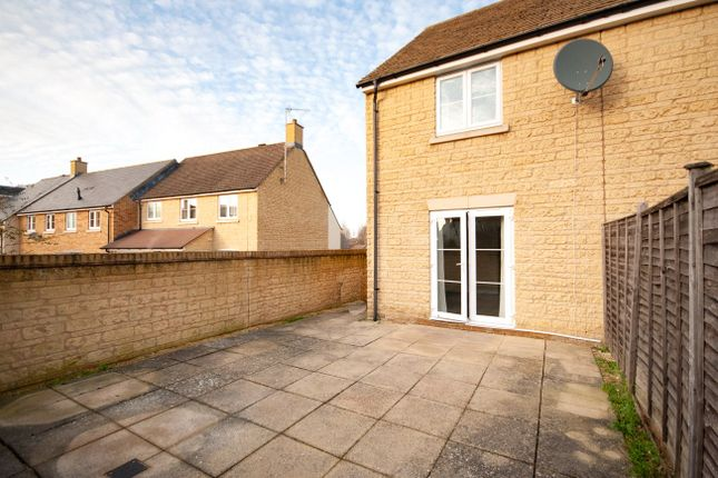 Thumbnail End terrace house to rent in Park View Road, Witney, Oxfordshire