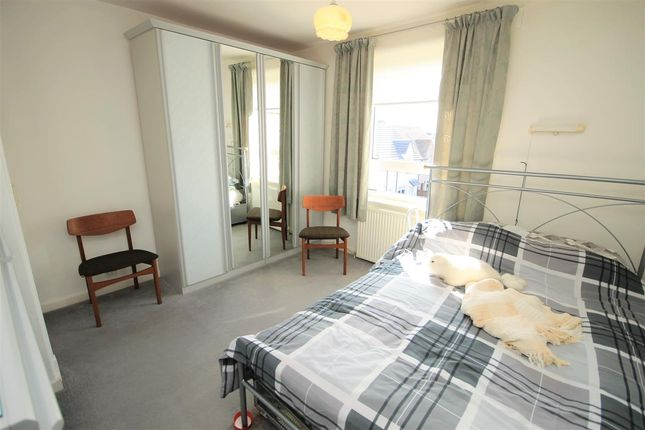 Bedroom 2 of Poplar Street, Airdrie ML6