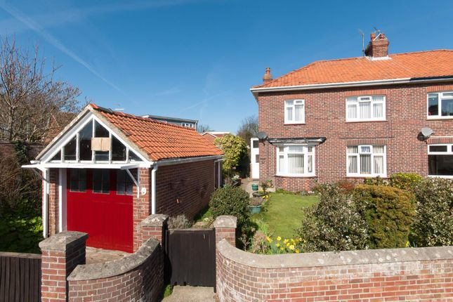 3 bed property for sale in Rectory Road, Deal