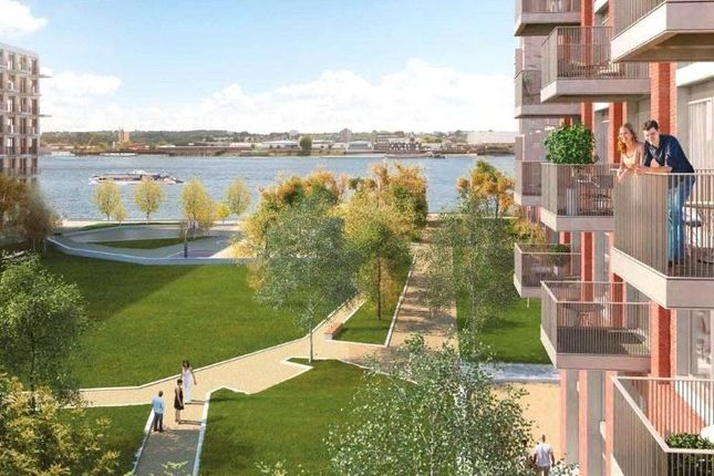 Thumbnail Flat for sale in Barrier Point Road, London