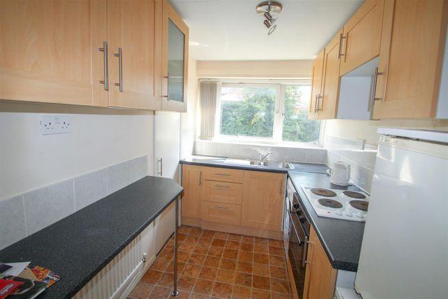 Thumbnail Flat to rent in Christchurch Road, Hemel Hempstead