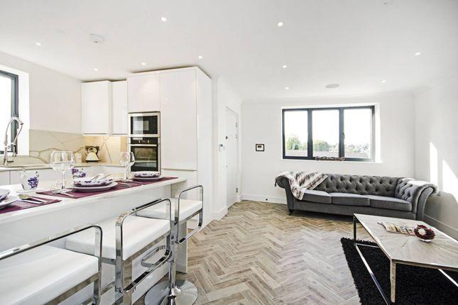 Thumbnail Flat for sale in Plantagenet Road, New Barnet