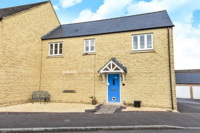Thumbnail Flat for sale in Meadow Lane, Witney