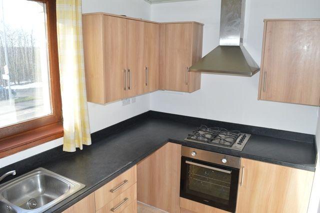 Thumbnail Flat to rent in Main Street, Lumphinnans, Fife