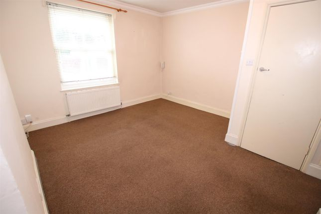 Living Room of Grosvenor Place, Exeter EX1