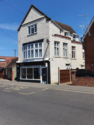 Thumbnail Flat to rent in Old Road, Frinton-On-Sea