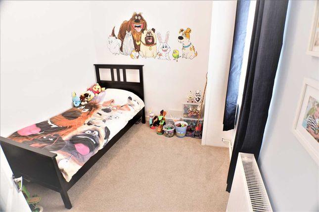 Bedroom 2 of South Street, Porth CF39