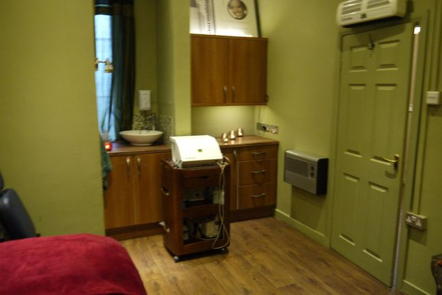 Photo 6 of Beauty, Therapy & Tanning BD22, Oxenhope, West Yorkshire