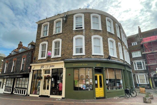 1 bed flat to rent in Market Place, Margate CT9