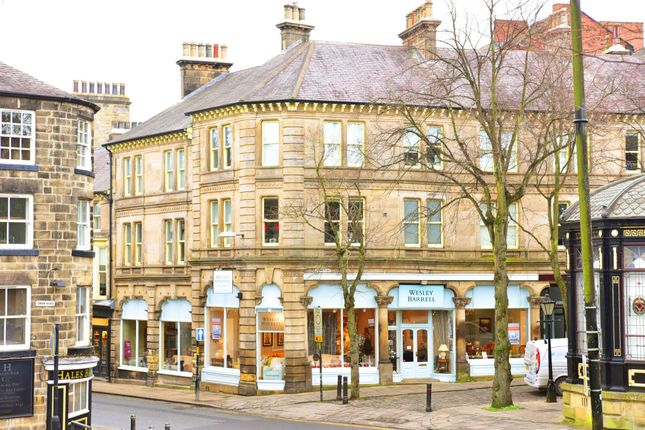 Thumbnail Flat to rent in Crescent Road, Harrogate