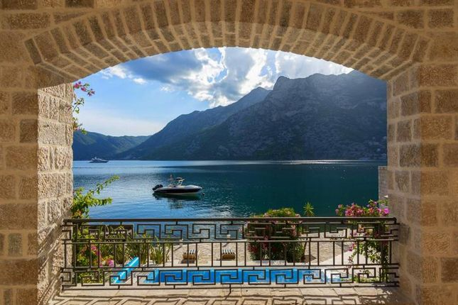 Thumbnail Villa for sale in Risan, Montenegro