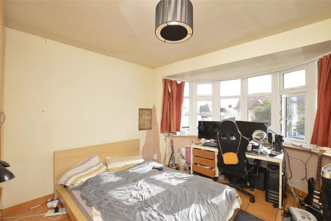 Bedroom 3 of Wakemans Hill Avenue, London NW9